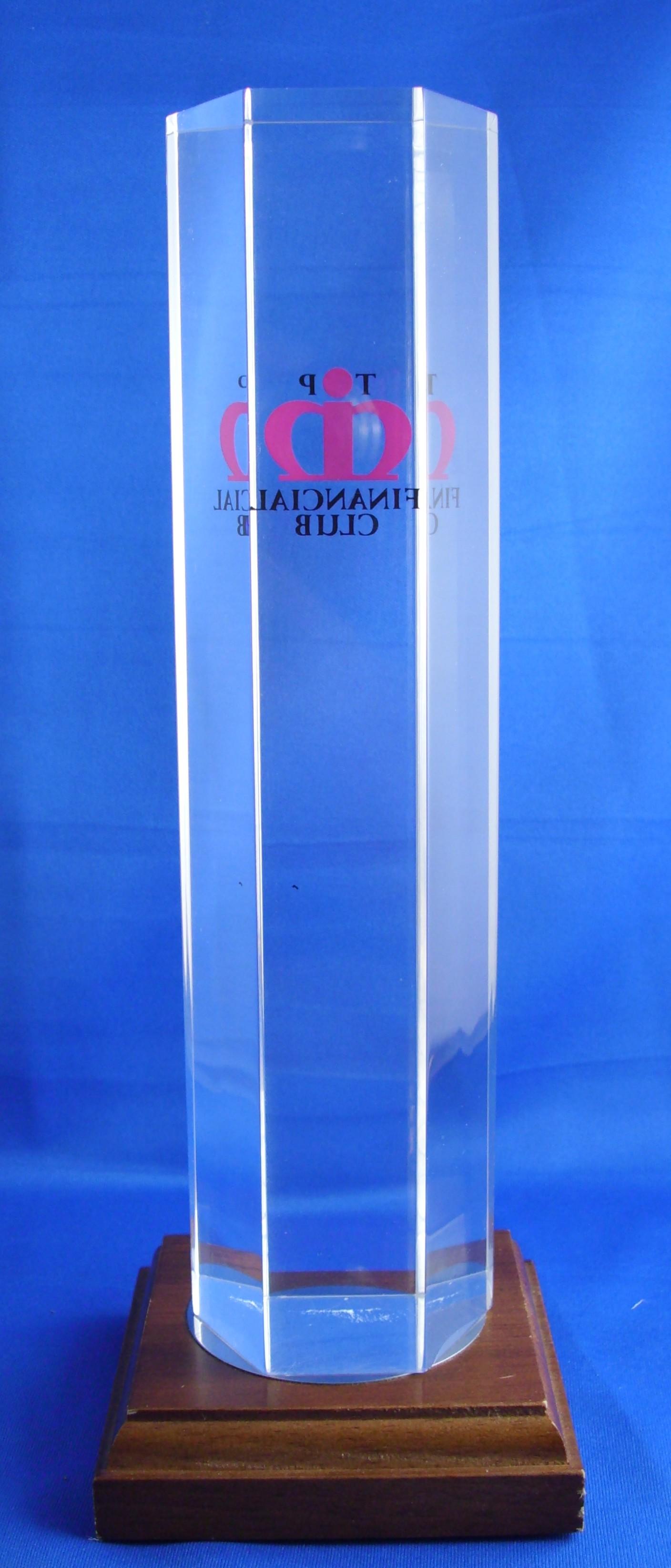 Mitarbeiter- Kunden Award Tombstone nach individuellen und kundenspezifischen Wünschen gefertigt
